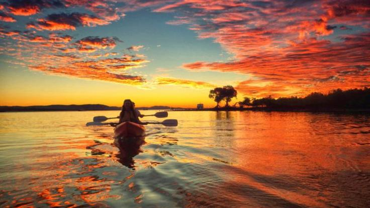Sunset Kayak tours departing Seventeen Seventy & Agnes Waters