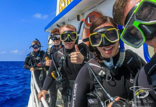 Snorkel and Dive tours from Townsville | 2 day 2 night Liveaboard