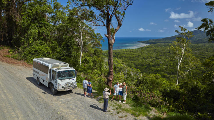 Travel on the Bloomfield Track | 4WD Only Track