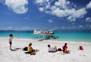 Whitsunday Seaplane Tour | Picnic on the Beach