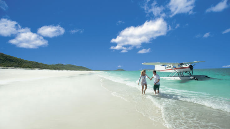 Enjoy Whitehaven Beach | Seaplane Scenic Flight Whitsundays