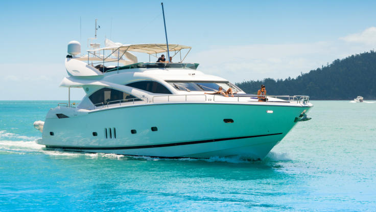 Luxury Whitsundays Charter Boat - Great Barrier Reef