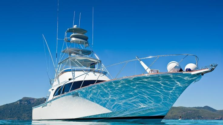 Modern, ultra fast private charter Game Boat - Port Douglas - Great Barrier Reef - Australia