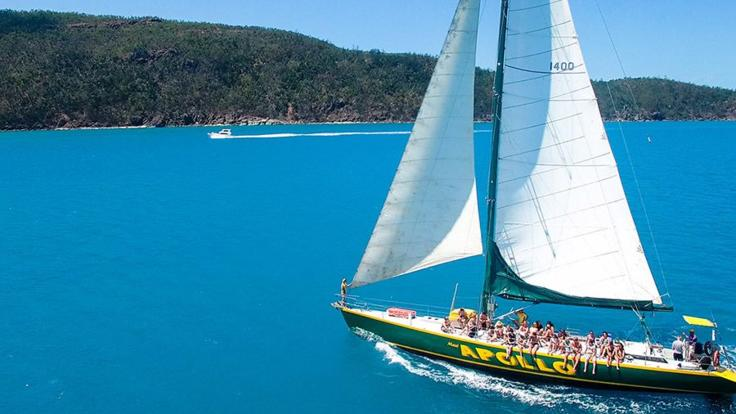 Barrier Reef Australia: Whitsunday Dive and Sail Liveaboard Boat