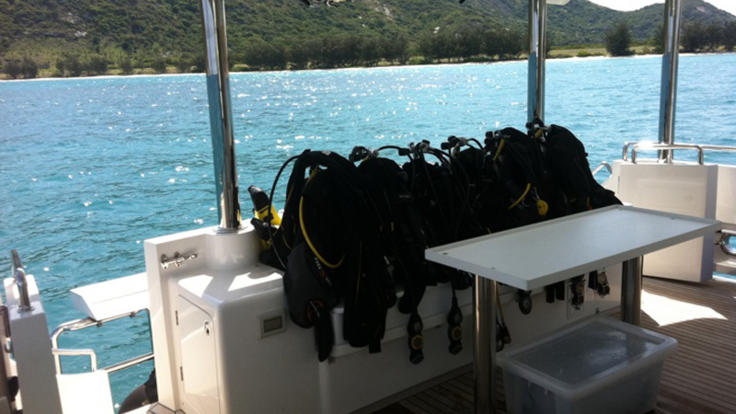 Pre-book scuba diving on your private boat charter in Cairns and the Whitsundays.