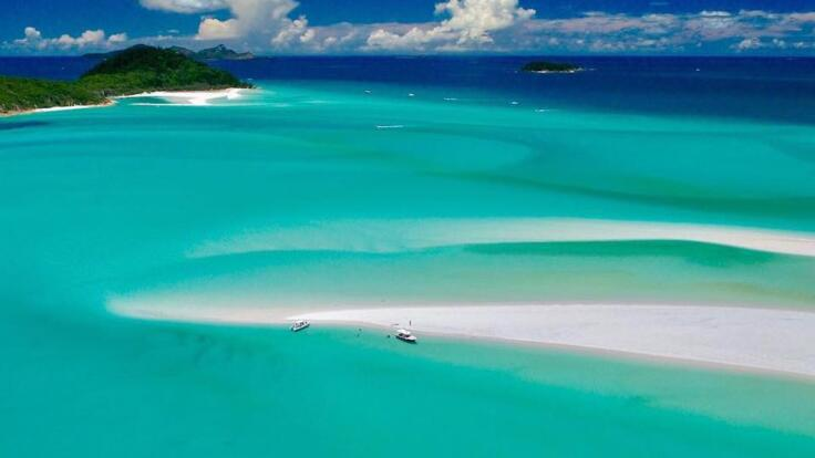 Whitsunday Yacht Charters - Views of the beautiful Whitsundays