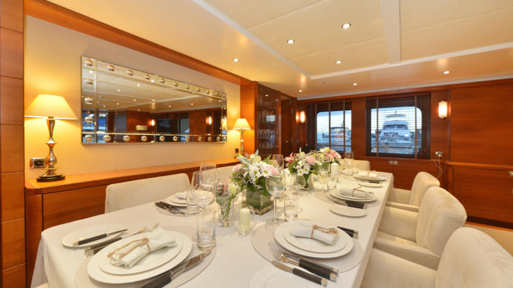 Main saloon dining | Great Barrier Reef Superyacht