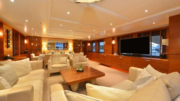 Main Saloon | Great Barrier Reef Superyacht