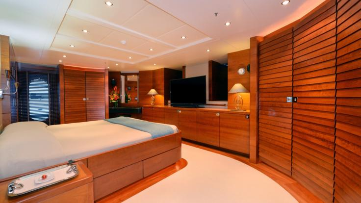 Great Barrier Reef Superyachts |Master Cabin | Port Douglas Superyacht Charter