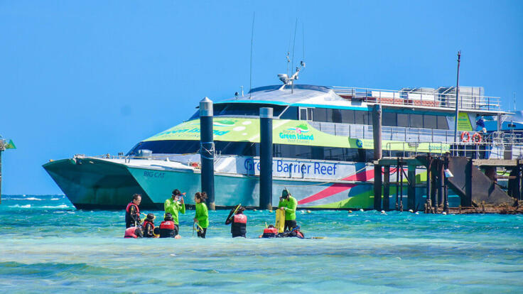Green Island Snorkel Tours - Ferry To Green Island