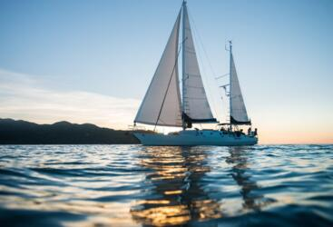 Yacht Charter Magnetic Island