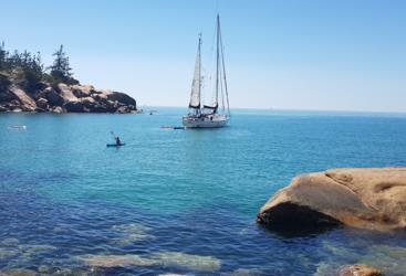Great Barrier Reef tour sailing around Magnetic Island