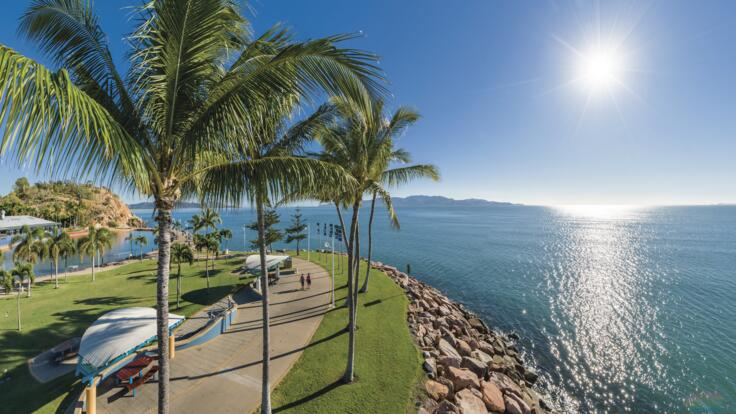 Townsville Yacht Charters - The Strand