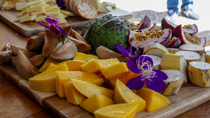 Local fruit & cheese tasting platter
