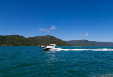 Cruise through the Whitsunday Islands on 8.5M Protector RHIB Boat