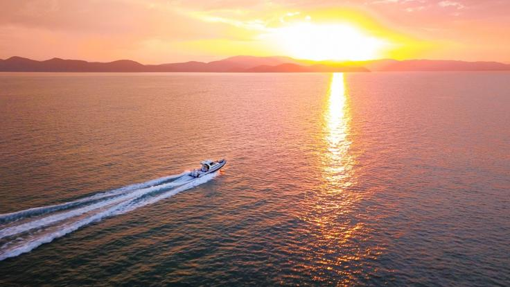 Private Charter Boat Whitsundays - Sunset Cruise
