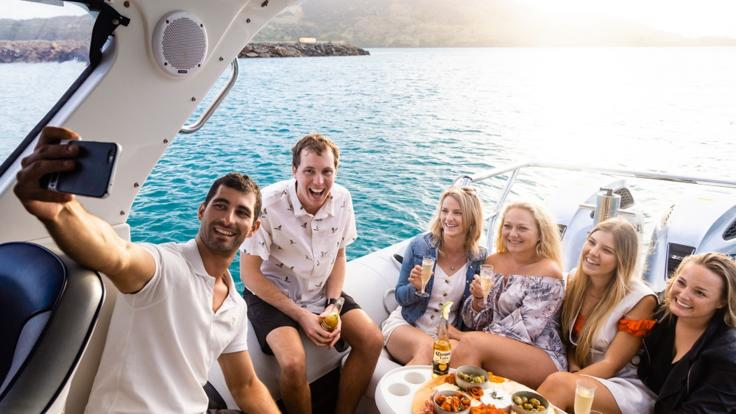 Whitsundays Private Charter | Max 6 Guests