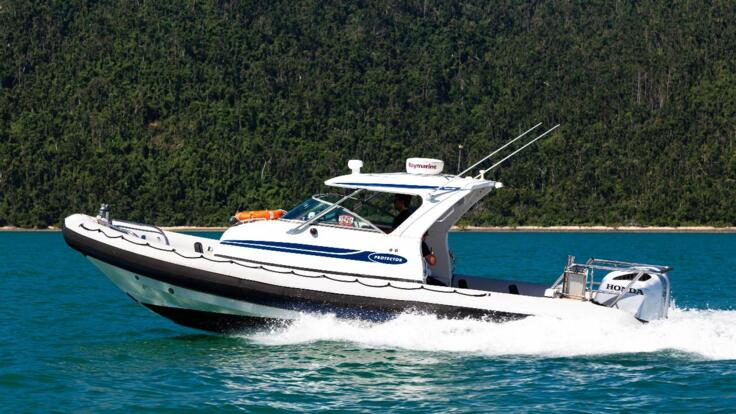 Whitsunday Charter Boats
