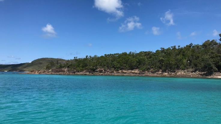Explore the crystal blue waters of Whitsundays on your private charter boat