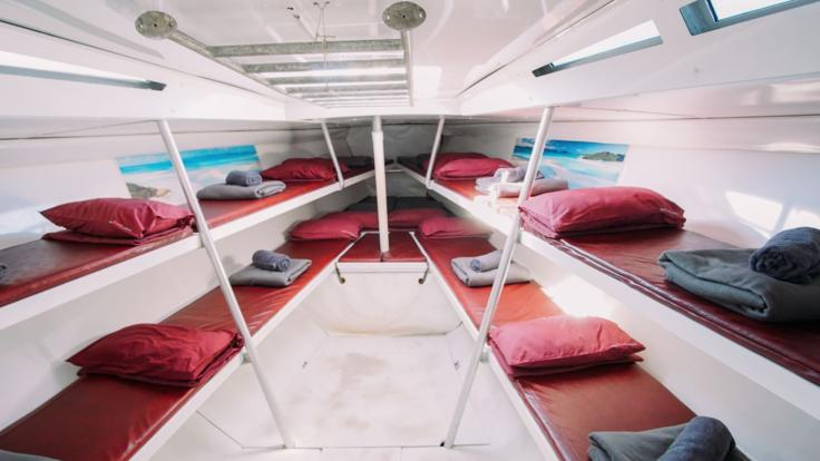 Dorm style single and double accommodation on liveaboard yacht in the Whitsundays, Great Barrier Reef