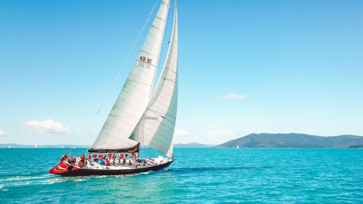 Sailing around the 74 Islands in the Whitsundays on the Great Barrier Reef