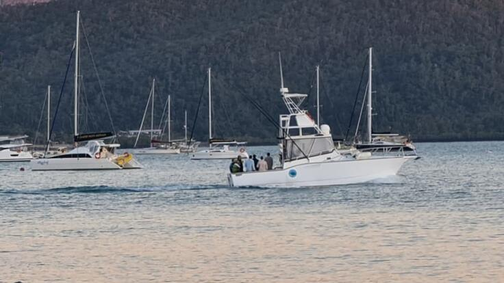 Boat Charter Whitsundays - 12 Guests - Fish - Swim - Snorkel