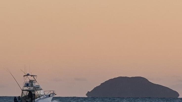 Whitsunday Boat Charter - Fish - Swim - Explore