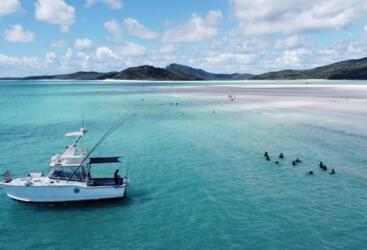 Whitsunday Boat Charters - Fish - Swim - Snorkel
