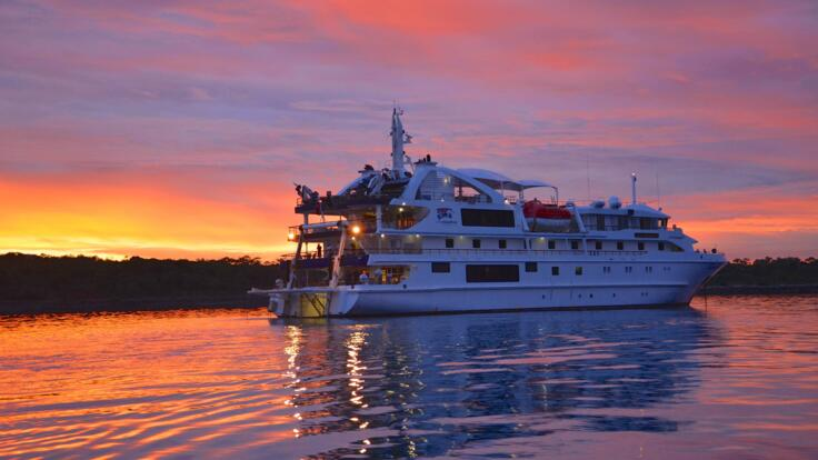 Cruises From Cairns - Small Luxury Cruises Great Barrier Reef