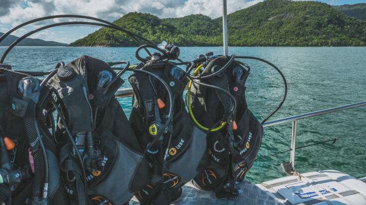 Charter Yachts Cairns - Private Charter Dive Trips - Dive Gear