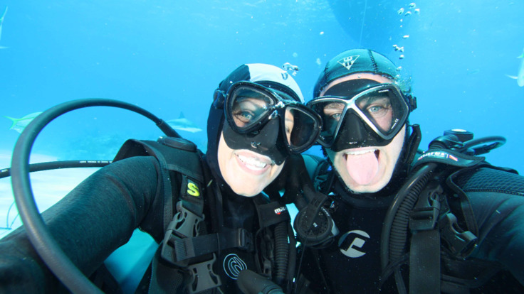 Liveaboard Dive Tours Cairns - Scuba diving selfie, Great Barrier Reef