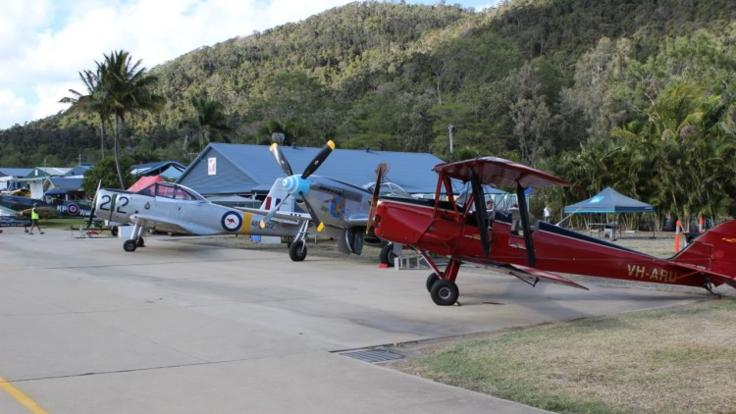 Acrobatic aircraft alllined up at Airlie Beach