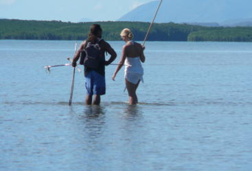 Aborigina guided coastal survival skills workshop