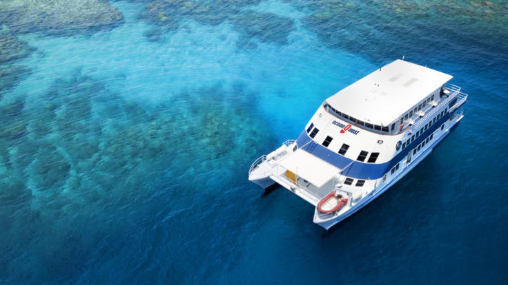 Comfortable Liveaboard Boat on the Great Barrier Reef