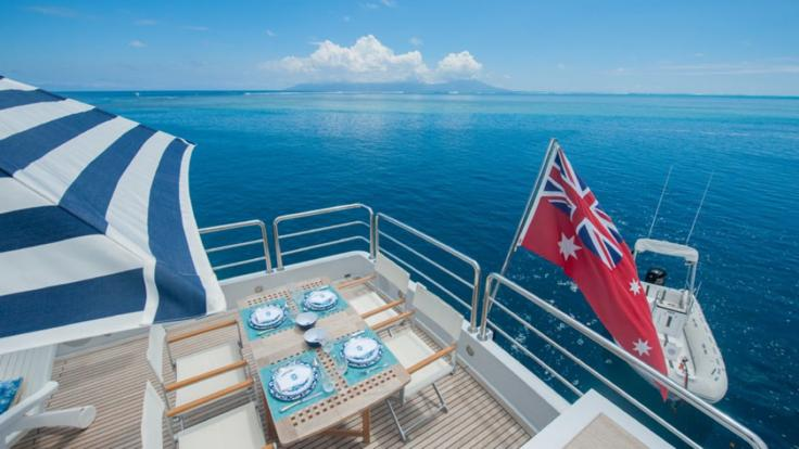 Cruise the Great Barrier Reef & Island in your private luxury Motoryacht
