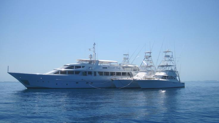 Superyacht Charters - Mothershipping - Great Barrier Reef - Australia