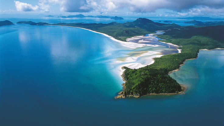 Hamilton Island Tours - Aerial shot of Hill Inlet and Whitehaven Beach