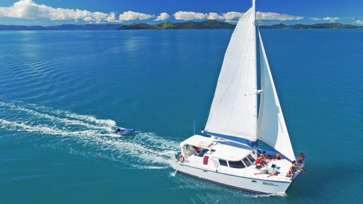 Whitsunday Yacht Charter  - Airlie Beach - Great Barrier Reef