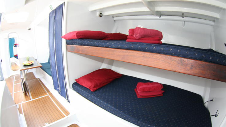 Bunk accommodation on 2 day 2 night livaboard snorkel tour in the Whitsundays