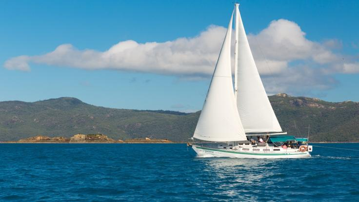 Sail the Whitsundays aboard your purpose built overnight sailing vessel.