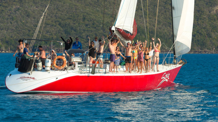 Happy guests on Whitsundays 2 day - 1 night sailing tour