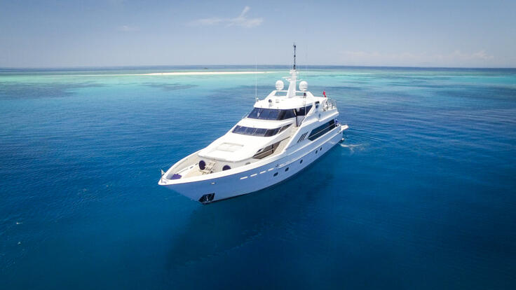 Superyacht Charters Great Barrier Reef - Reef and Sand Cay