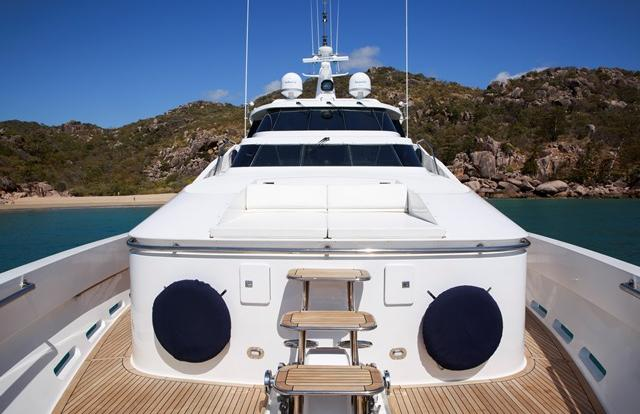 Superyacht Charter Port Douglas - Whitsundays - Great Barrier Reef - Australia