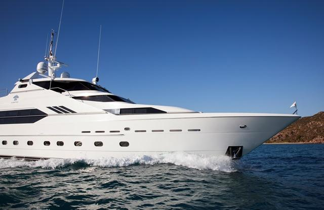 Superyacht Charters Port Douglas - Whitsundays - Great Barrier Reef