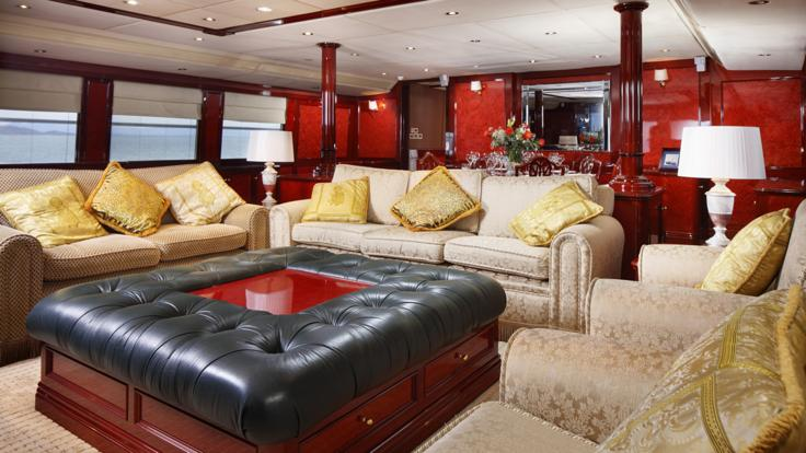 Saloon relaxation area on Port Douglas based Superyacht - Great Barrier Reef