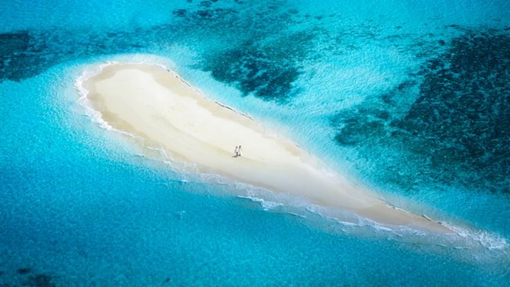 Helicopter Flights Cairns: Aerial View of Tropical Sand Cay