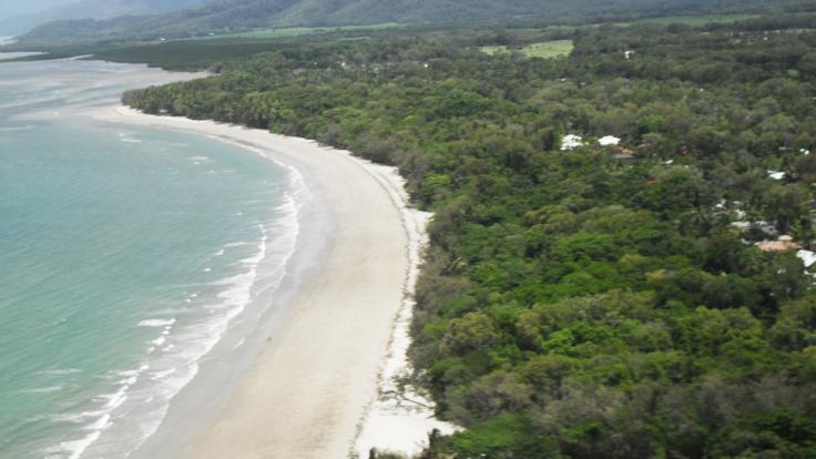 Four Mile Beach Port Douglas - Helicopter Scenic flight Aerial view