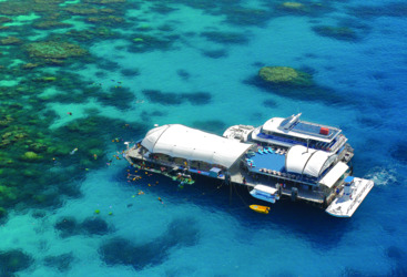 Outer Great Barrier Reef Pontoon - Platform Cairns