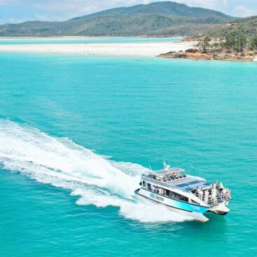 Whitehaven Beach and Whitsunday Island Snorkel Tour