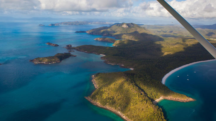Whitsunday Islands scenic flights from Airlie Beach